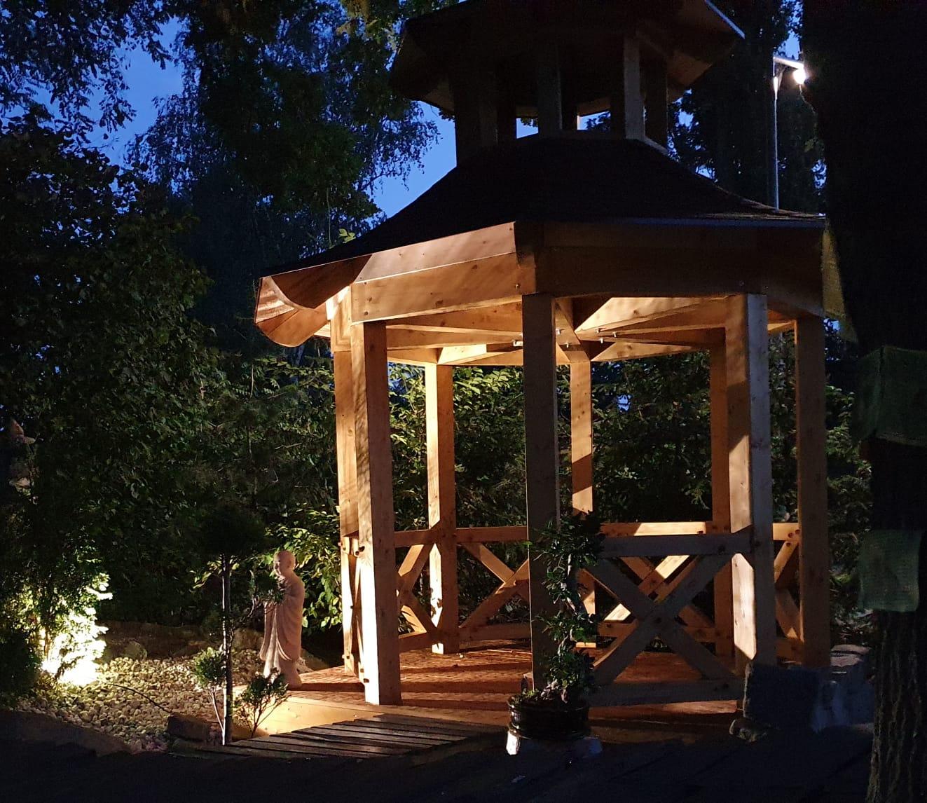 Pavillon chin. Garten